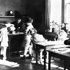 Maria Montessori with Children 03
