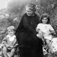 Maria Montessori with Children 10