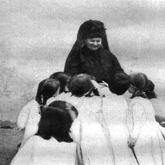 Maria Montessori with Children 15