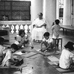 Maria Montessori with Children 20
