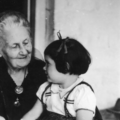 Maria Montessori with Children 23